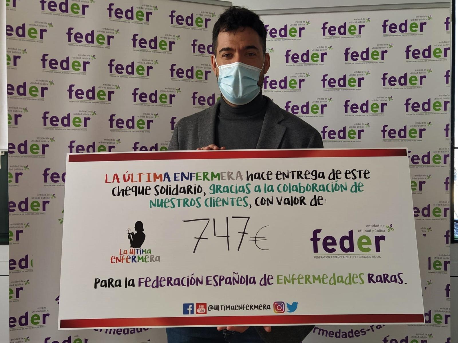 Lee más sobre el artículo La Última Enfermera entrega 747 euros a FEDER para la investigación en Enfermedades Raras